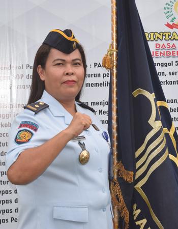 Gusti J. Diana Togatorop, SST